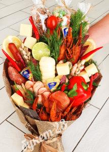 Мужской букет #3 с раками, креветками и колбасами