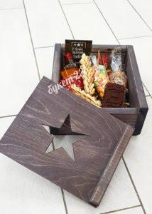 Мужской букет в коробке со звездой